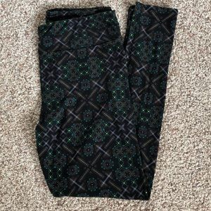 Lularoe Black, Green & Yellow TC Leggings NEW
